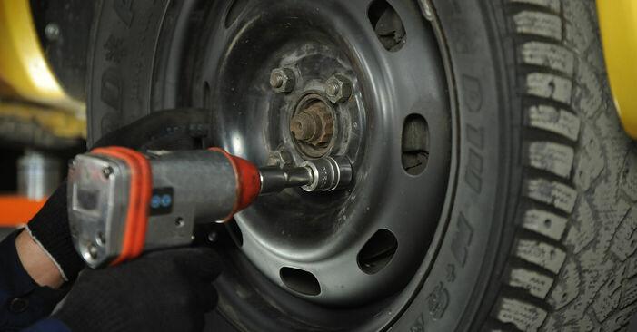 Spurstangenkopf Toyota Yaris p1 1.3 (SCP12_) 2001 wechseln: Kostenlose Reparaturhandbücher