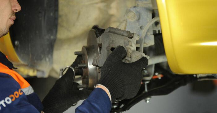 Trocar Rolamento da Roda no TOYOTA Yaris Hatchback (_P1_) 1.3 (NCP10_, SCP12_) 2002 por conta própria