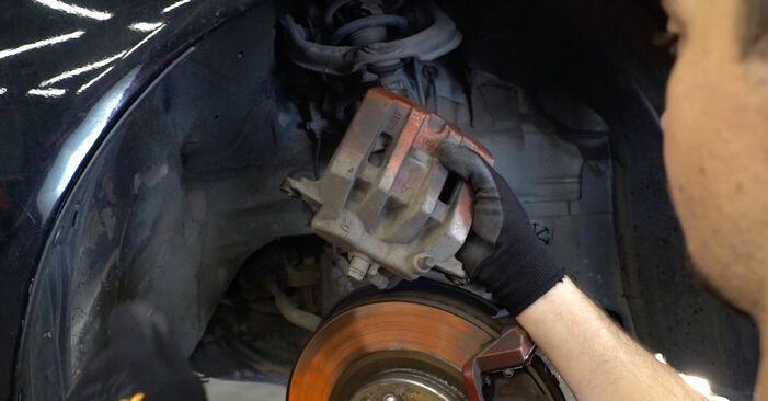 αλλαγη Τακάκια Φρένων HONDA ACCORD 3.5 i: online οδηγοί και βίντεο tutorial