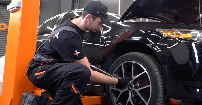 Honda Accord VIII CU 2.2 i-DTEC (CU3) 2010 Τακάκια Φρένων αντικατάσταση: δωρεάν εγχειρίδια συνεργείου