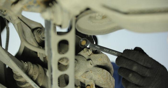 Cómo reemplazar Pastillas De Freno en un BMW 3 Berlina (E90) 320d 2.0 2007 - manuales paso a paso y guías en video