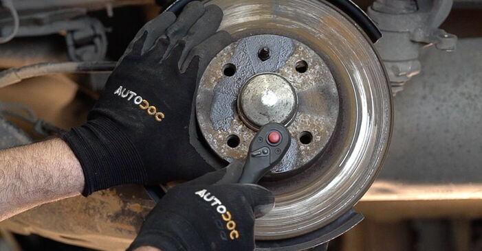 DIY replacement of Brake Discs on FIAT BRAVO II (198) 1.4 2020 is not an issue anymore with our step-by-step tutorial