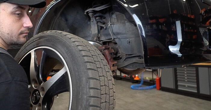 Combien de temps dure le remplacement : Coupelle d'Amortisseur sur Honda Accord VIII CU 2016 - manuel PDF informatif