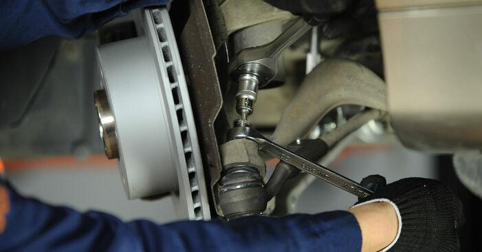 Toronycsapágy BMW 3 Sedan (E90) 2005 csere - töltsön le PDF útmutatókat és utasításokat tartalmazó videókat