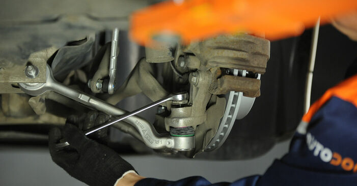 3 (E90) 325i 2.5 2011 Control Arm DIY replacement workshop manual