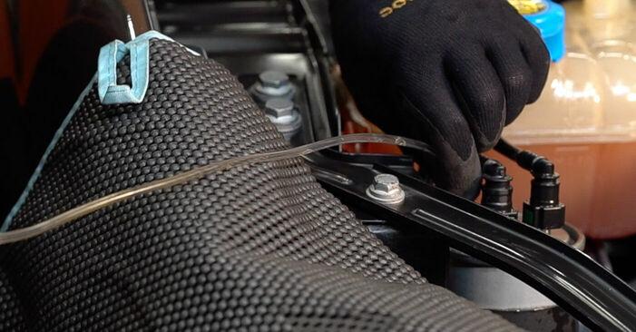 Patstāvīga FIAT BRAVO II (198) 1.4 2020 Degvielas filtrs nomaiņa - tiešsaistes pamācība