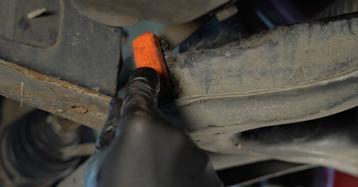 Comment changer Bras de Suspension sur PEUGEOT 107 3/5 portes (PM_, PN_) 2007 - trucs et astuces