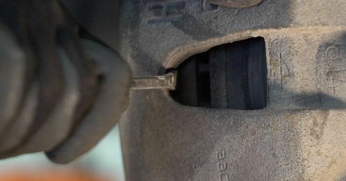VOLVO V50 1.6 D Bremsscheiben ausbauen: Anweisungen und Video-Tutorials online