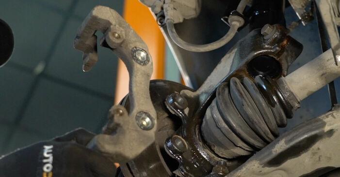 Zweckdienliche Tipps zum Austausch von Bremsscheiben beim VOLVO V50 (MW) 1.6 D2 2007