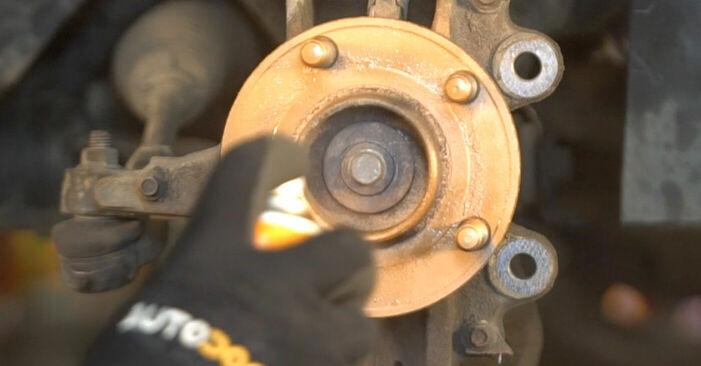 Wie Bremsscheiben VOLVO V50 (MW) 1.6 D 2004 austauschen - Schrittweise Handbücher und Videoanleitungen