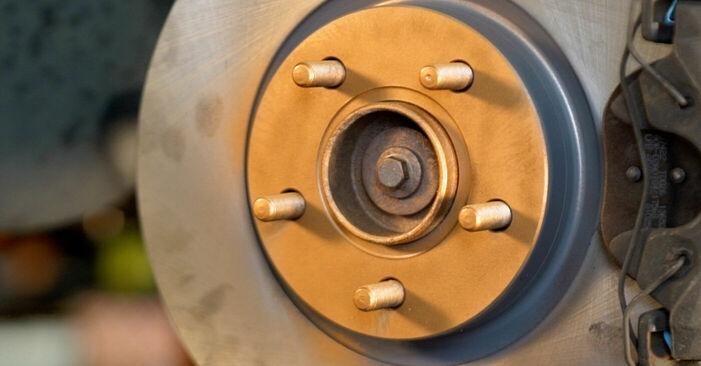 Wie VOLVO V50 1.8 FlexFuel 2007 Bremsbeläge ausbauen - Einfach zu verstehende Anleitungen online