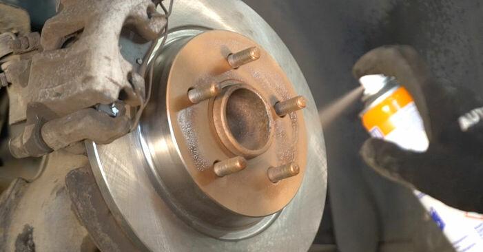Patstāvīga Volvo v50 mw 2003 2.0 D Bremžu diski nomaiņa