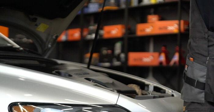 Wie Ölfilter Volvo v50 mw 2.0 D 2003 tauschen - Kostenlose PDF- und Videoanleitungen