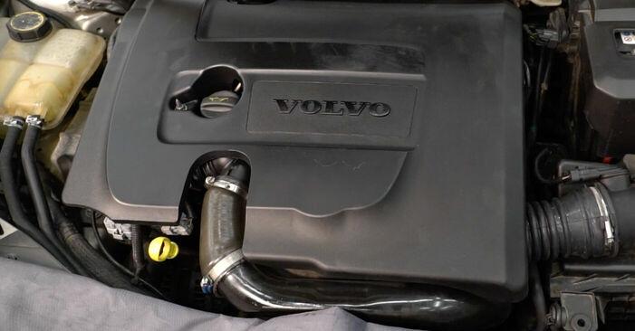 Kraftstofffilter Volvo v50 mw 1.6 D2 2005 wechseln: Kostenlose Reparaturhandbücher