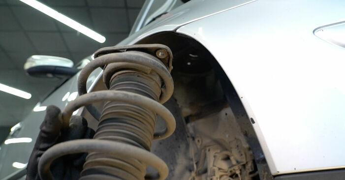 Pakāpeniski ieteikumi patstāvīgai Volvo v50 mw 2006 1.8 FlexFuel Amortizators nomaiņai