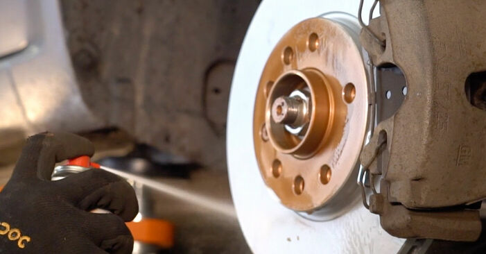 Radlager beim OPEL ZAFIRA 1.8 (M75) 2012 selber erneuern - DIY-Manual