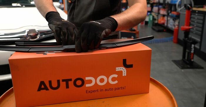 Kako zamenjati Metlica brisalnika stekel na Toyota Auris e15 2006 - brezplačni PDF in video priročniki