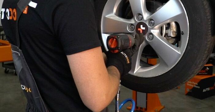 Wie TOYOTA AURIS 1.4 (ZZE150_) 2010 Bremsscheiben ausbauen - Einfach zu verstehende Anleitungen online