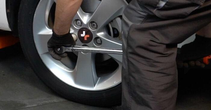 Wie schwer ist es, selbst zu reparieren: Bremsbeläge Toyota Auris e15 1.33 Dual-VVTi (NRE150_) 2012 Tausch - Downloaden Sie sich illustrierte Anleitungen