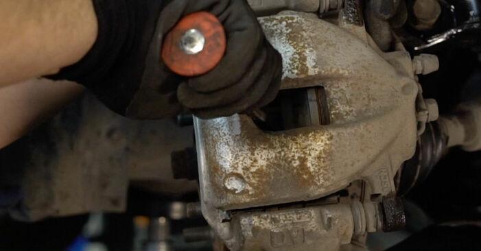Bremsbeläge Ihres Toyota Auris e15 1.4 D-4D (NDE150_) 2007 selbst Wechsel - Gratis Tutorial