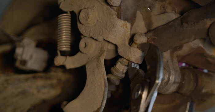 Trocar Rolamento da Roda no TOYOTA AURIS (NRE15_, ZZE15_, ADE15_, ZRE15_, NDE15_) 1.8 Hybrid (ZWE150_) 2009 por conta própria