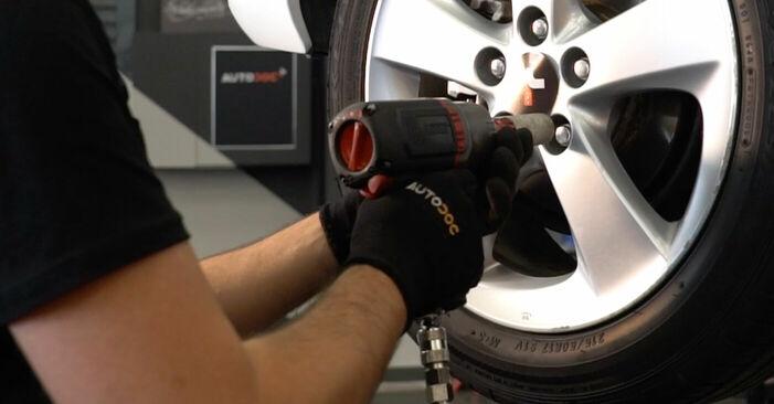 Substituição de Toyota Auris e15 2.0 D-4D (ADE150_) 2008 Rolamento da Roda: manuais gratuitos de oficina