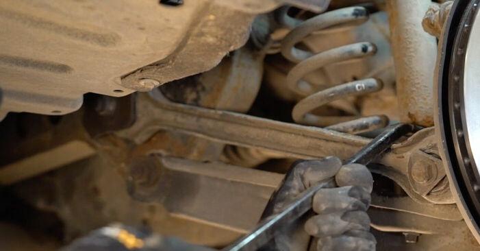 Stoßdämpfer beim BMW 3 SERIES 320d 2.0 2007 selber erneuern - DIY-Manual