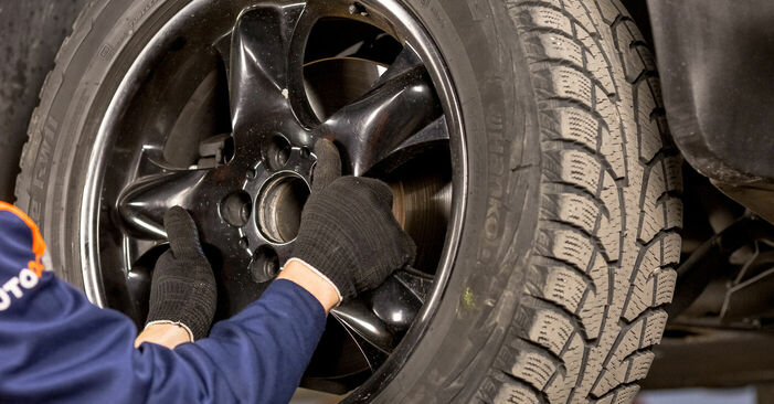 Bremssattel BMW E53 4.4 i 2002 wechseln: Kostenlose Reparaturhandbücher