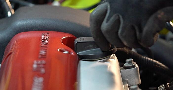Austauschen Anleitung Ölfilter am Alfa Romeo 159 Sportwagon 2007 1.9 JTDM 16V selbst
