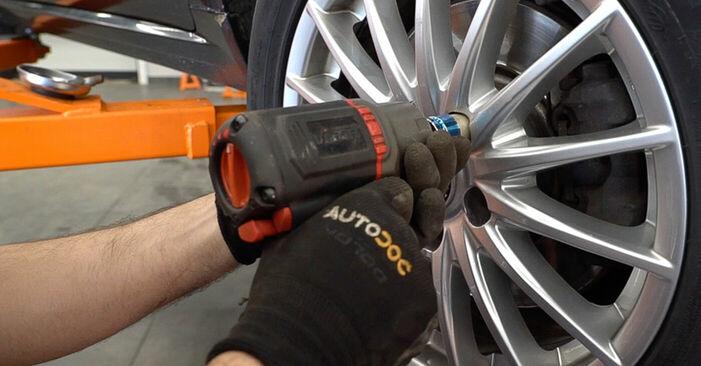 Bremsbeläge Ihres Alfa Romeo 159 Sportwagon 3.2 JTS Q4 2005 selbst Wechsel - Gratis Tutorial