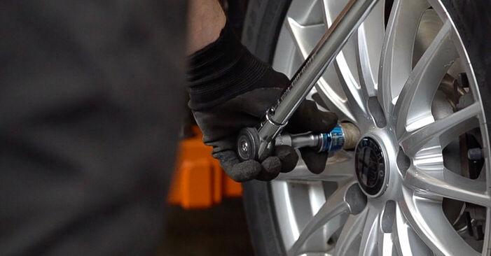 ALFA ROMEO 159 1.9 JTDM 16V Bremsbeläge ausbauen: Anweisungen und Video-Tutorials online