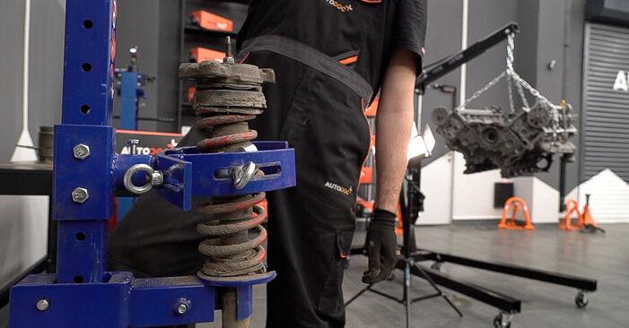 159 Sportwagon (939) 2.4 JTDM (939.BXM1B) 2008 2.4 JTDM Federn - Handbuch zum Wechsel und der Reparatur eigenständig