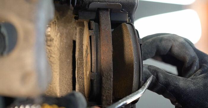 ALFA ROMEO 159 3.2 JTS Q4 Bremsscheiben austauschen: Tutorials und Video-Anweisungen online