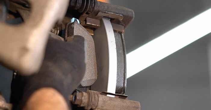 Zweckdienliche Tipps zum Austausch von Bremsbeläge beim ALFA ROMEO 159 Sportwagon (939) 2.0 JTDM 2011