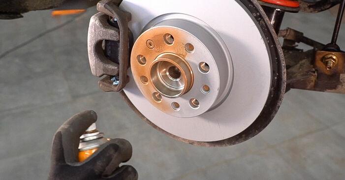 Wie Bremsbeläge ALFA ROMEO 159 Sportwagon (939) 2.4 JTDM 2006 austauschen - Schrittweise Handbücher und Videoanleitungen