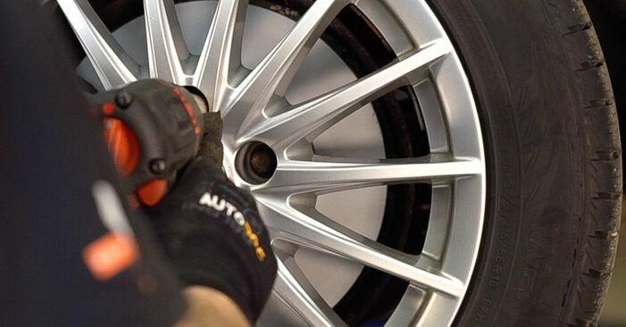 Wie ALFA ROMEO 159 2.4 JTDM (939.BXM1B) 2009 Bremsbeläge ausbauen - Einfach zu verstehende Anleitungen online
