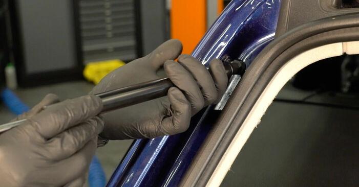Vaiheittaiset suositukset Passat 3c 2011 2.0 TDI 4motion -auton Takaluukun Kaasujousi-osien tee se itse -vaihtoon