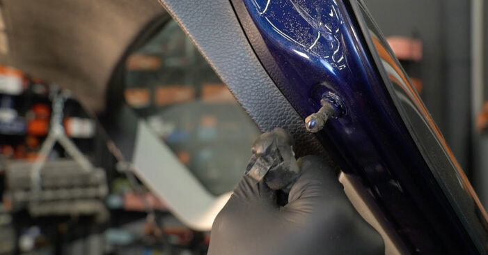 Vaihtaa Takaluukun Kaasujousi itse VW PASSAT Variant (3C5) 2.0 FSI 2008 -autoon