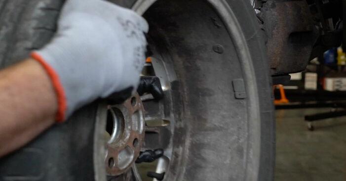 Wie VW PASSAT 2.0 TDI 4motion 2009 Spurstangenkopf ausbauen - Einfach zu verstehende Anleitungen online