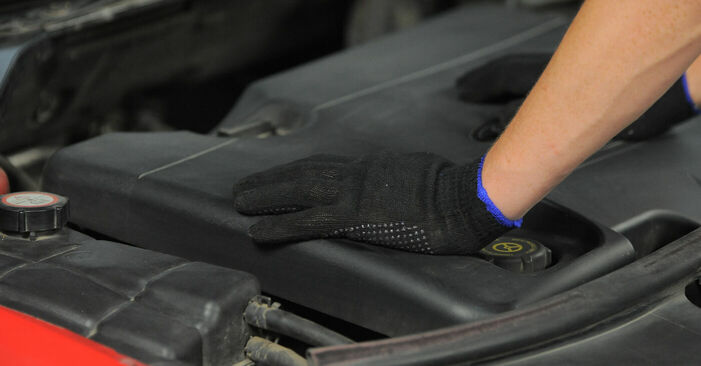 Wie man Bremsbeläge beim Ford Mondeo bwy 2000 wechselt - Gratis PDF- und Video-Tutorials
