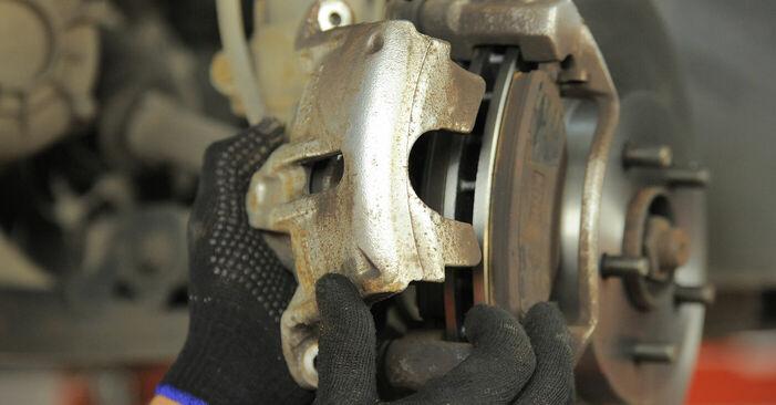 Wieviel Zeit nimmt der Austausch in Anspruch: Bremsbeläge beim Ford Mondeo bwy 2000 - Ausführliche PDF-Anleitung