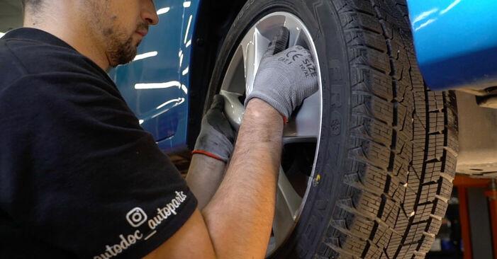 Wie HONDA INSIGHT 1.3 Hybrid (ZE28, ZE2) 2013 Bremsbeläge ausbauen - Einfach zu verstehende Anleitungen online