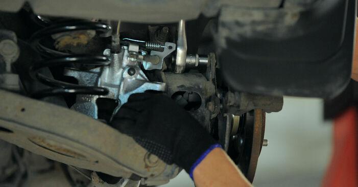 MONDEO III Kombi (BWY) 2.2 TDCi 2003 Lozisko kolesa svojpomocná výmena vďaka návodu z našej dielne