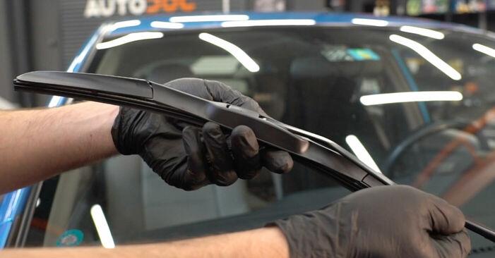 Kako odstraniti HONDA INSIGHT 1.3 Hybrid (ZE28, ZE2) 2013 Metlica brisalnika stekel - spletna, enostavna za sledenje, navodila