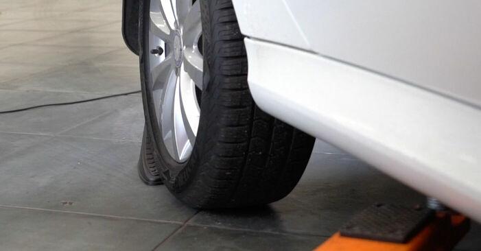 Wie Koppelstange Mercedes W245 B 180 CDI 2.0 (245.207) 2004 tauschen - Kostenlose PDF- und Videoanleitungen