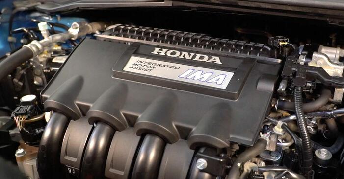 Zweckdienliche Tipps zum Austausch von Zündkerzen beim HONDA INSIGHT (ZE_) 1.3 Hybrid (ZE28, ZE2) 2011