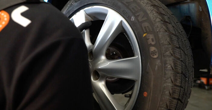 How to remove HONDA INSIGHT 1.3 Hybrid (ZE2) 2013 Wheel Bearing - online easy-to-follow instructions