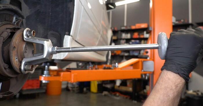 Wie MERCEDES-BENZ B-CLASS B 150 1.5 (245.231) 2008 Radlager ausbauen - Einfach zu verstehende Anleitungen online