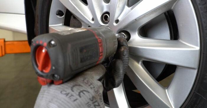 Zweckdienliche Tipps zum Austausch von Bremsscheiben beim MERCEDES-BENZ B-CLASS (W245) B 170 1.7 (245.232) 2005