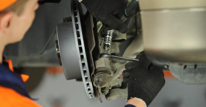 Spurstangenkopf am BMW 3 (E90) 330d 3.0 2011 wechseln – Laden Sie sich PDF-Handbücher und Videoanleitungen herunter